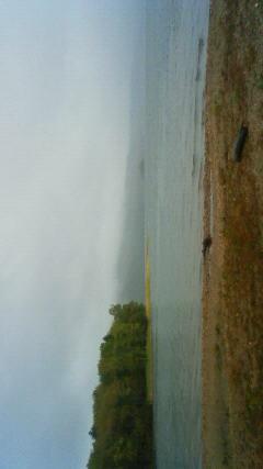 雨の阿寒湖