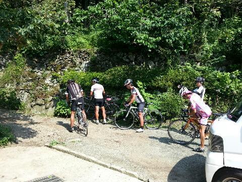 暑い中、自転車で〜